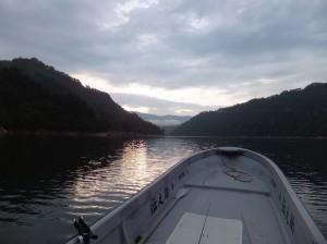銀山湖ー1