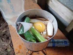ネギ、卵投入