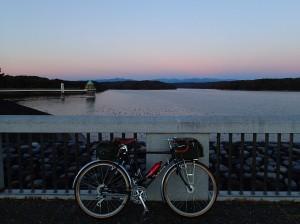 狭山湖夜明け