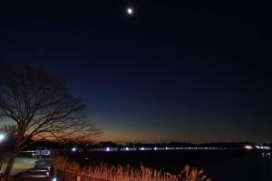 多摩湖・月