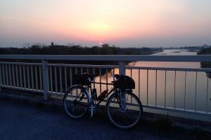 拝島橋夜明け