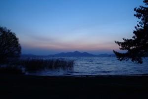 湖畔キャンプー3