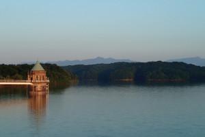 狭山湖大岳山